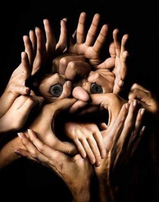 Mains et visage
